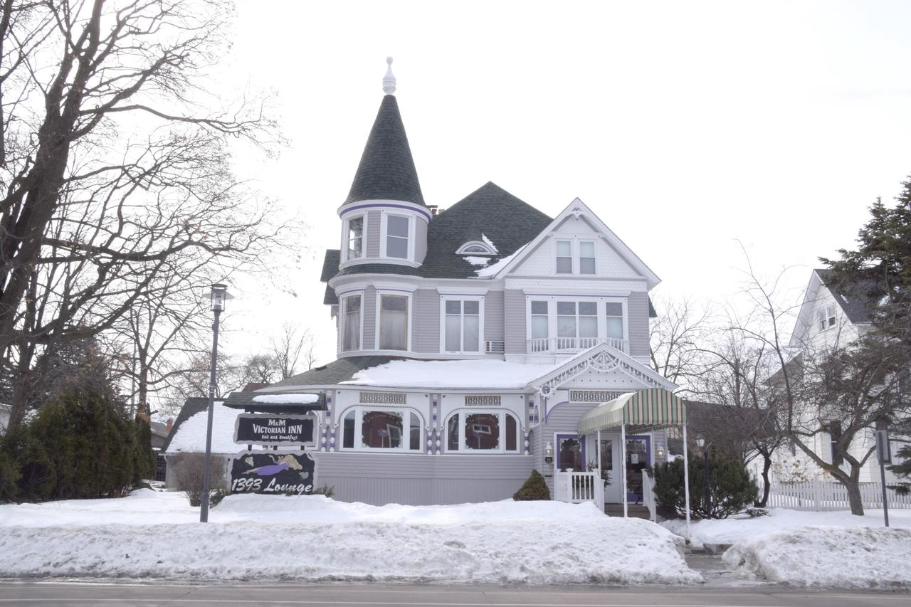 View Commercial For Sale at 1393 Main St, Marinette, WI