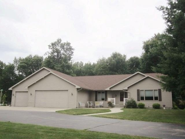 View Single-Family Home For Sale at 1411-1413 46th Ave, MENOMINEE, MI