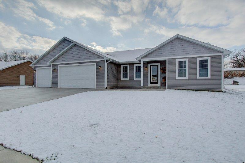 View Single-Family Home For Sale at 950 Partridge Ln, Lomira, WI