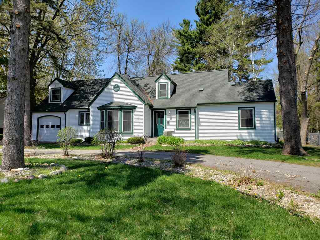 View Single-Family Home For Sale at 915 W 4TH STREET, Marshfield, WI