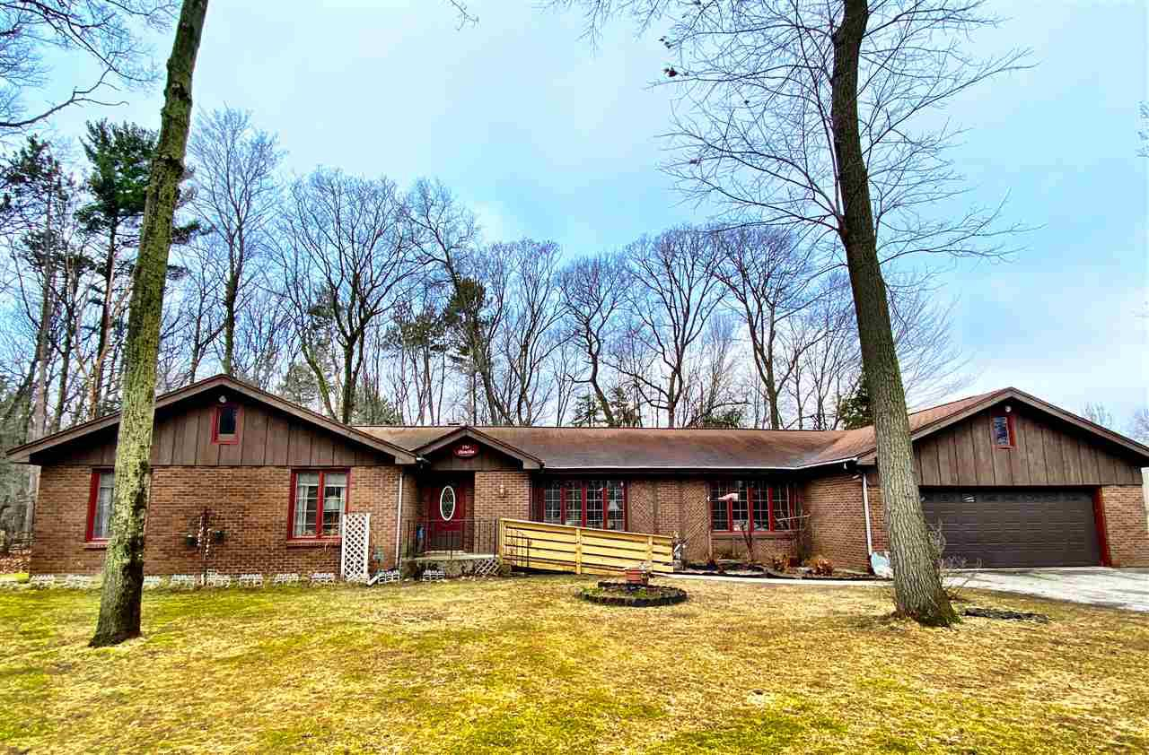 View Single-Family Home For Sale at 2359 WOODVIEW LANE, Marinette, WI