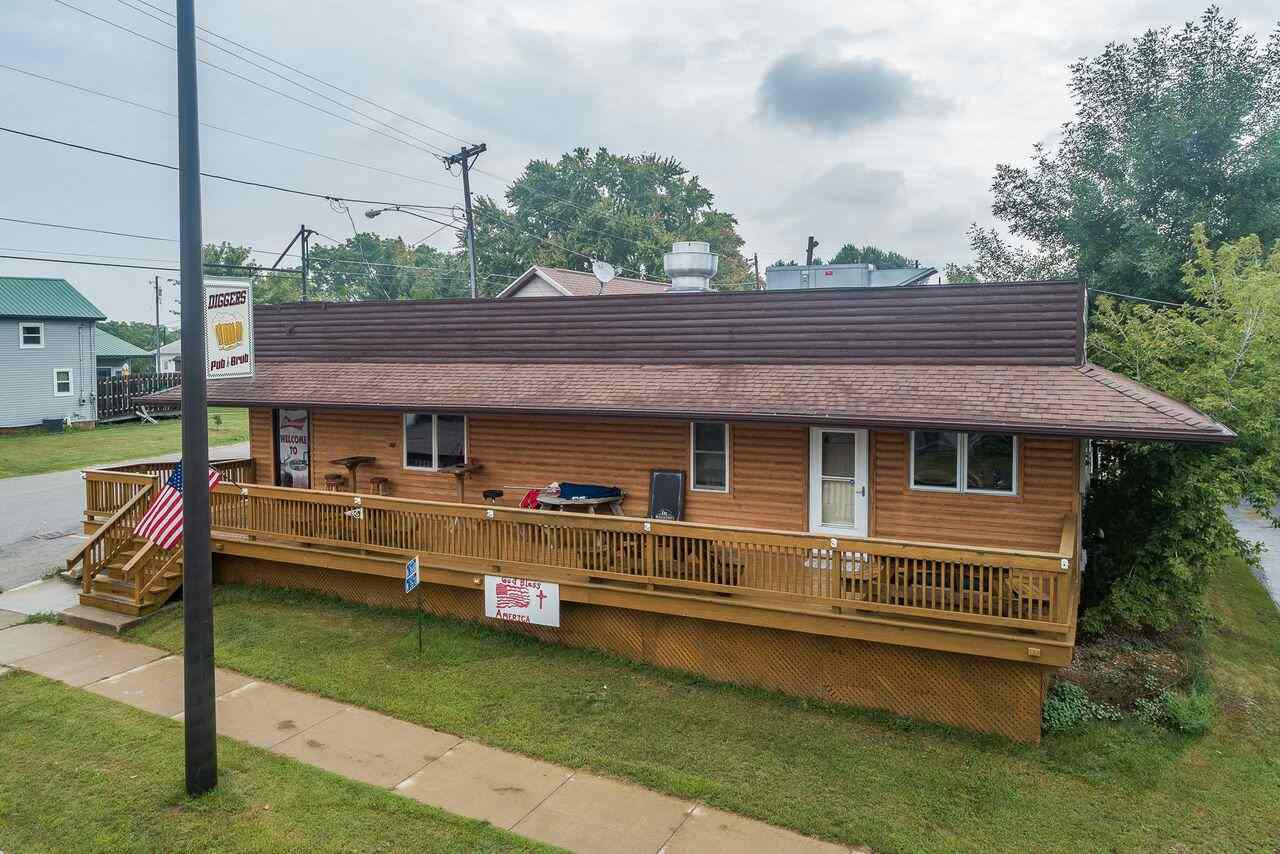View Commercial For Sale at N3670 HWY 76, Hortonville, WI