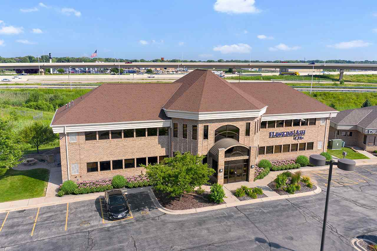 View Commercial For Sale at 2360 DUCK CREEK PARKWAY, Green Bay, WI