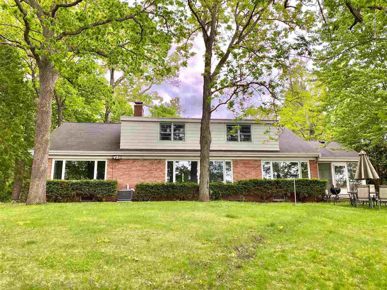 View Single-Family Home For Sale at 1936 PALISADES DRIVE, Appleton, WI