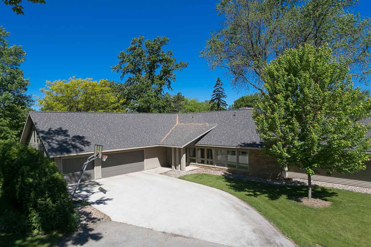 View Single-Family Home For Sale at 3708 CANDLISH HARBOR LANE, Oshkosh, WI