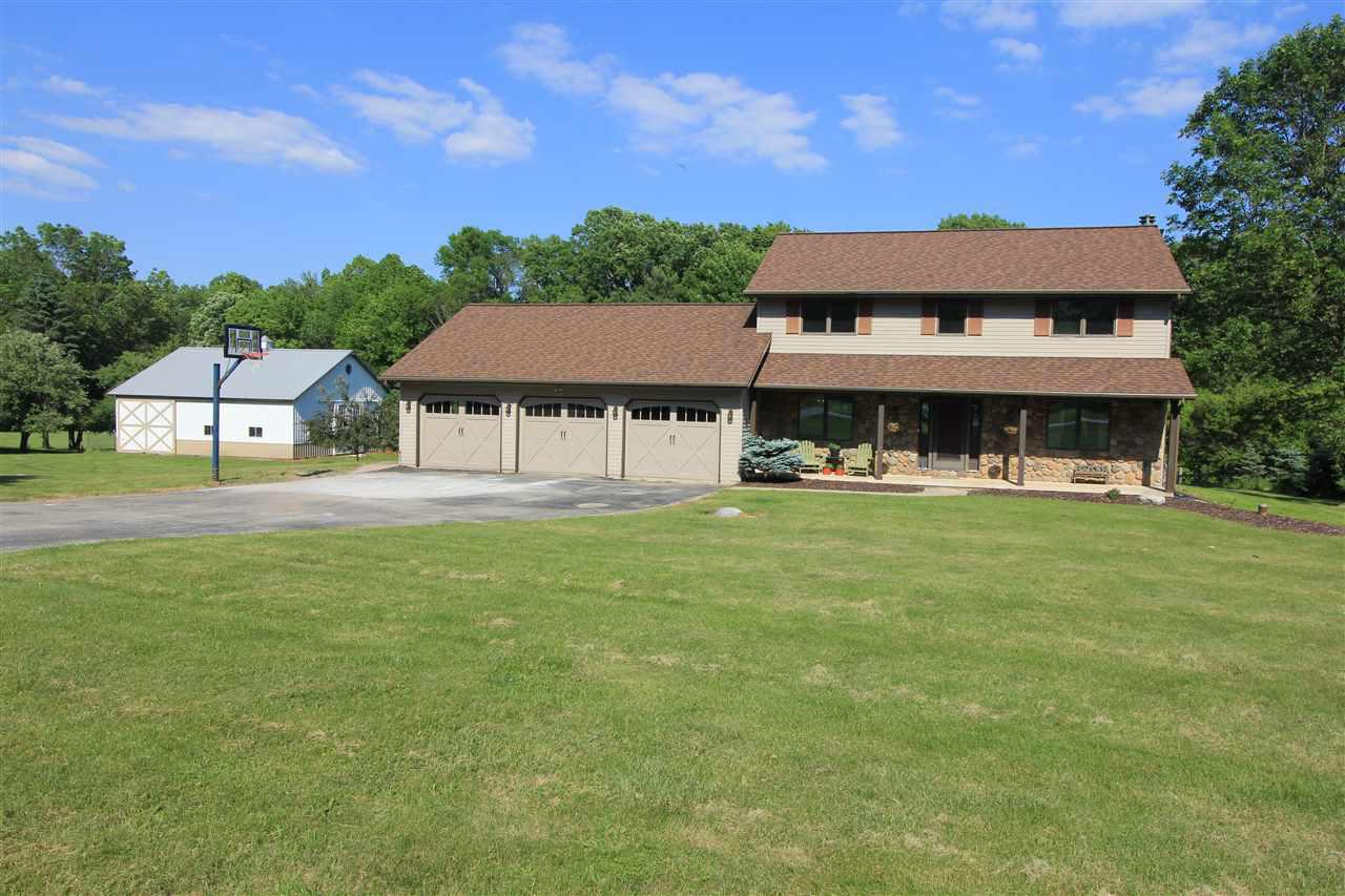View Single-Family Home For Sale at 1936 GREENFIELD AVENUE, Green Bay, WI