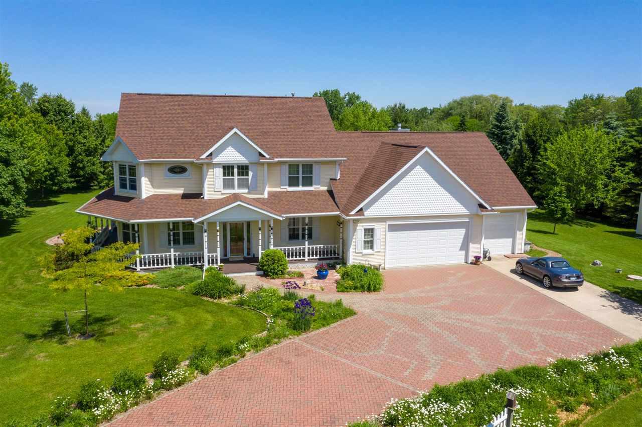 View Single-Family Home For Sale at 4134 ALIDA LANE, Oshkosh, WI