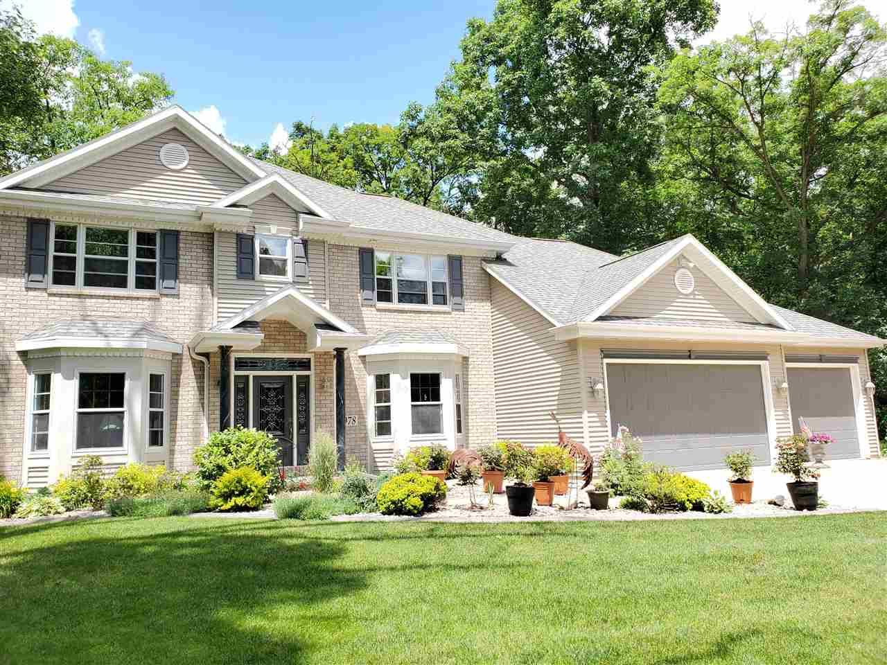 View Single-Family Home For Sale at 978 TRILLIUM TRAIL, Oshkosh, WI