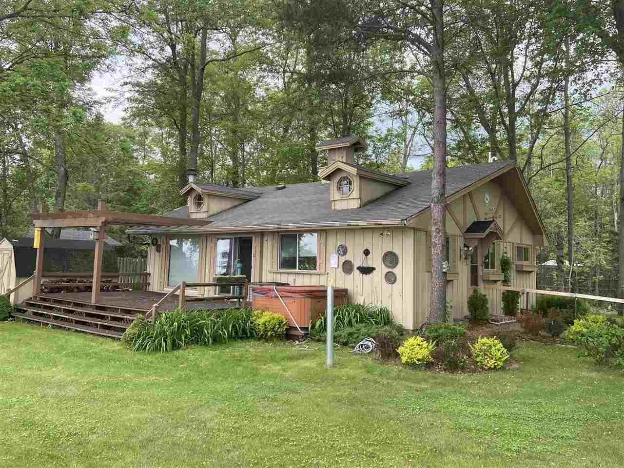 View Single-Family Home For Sale at N3564 M-35, Menomonie, MI