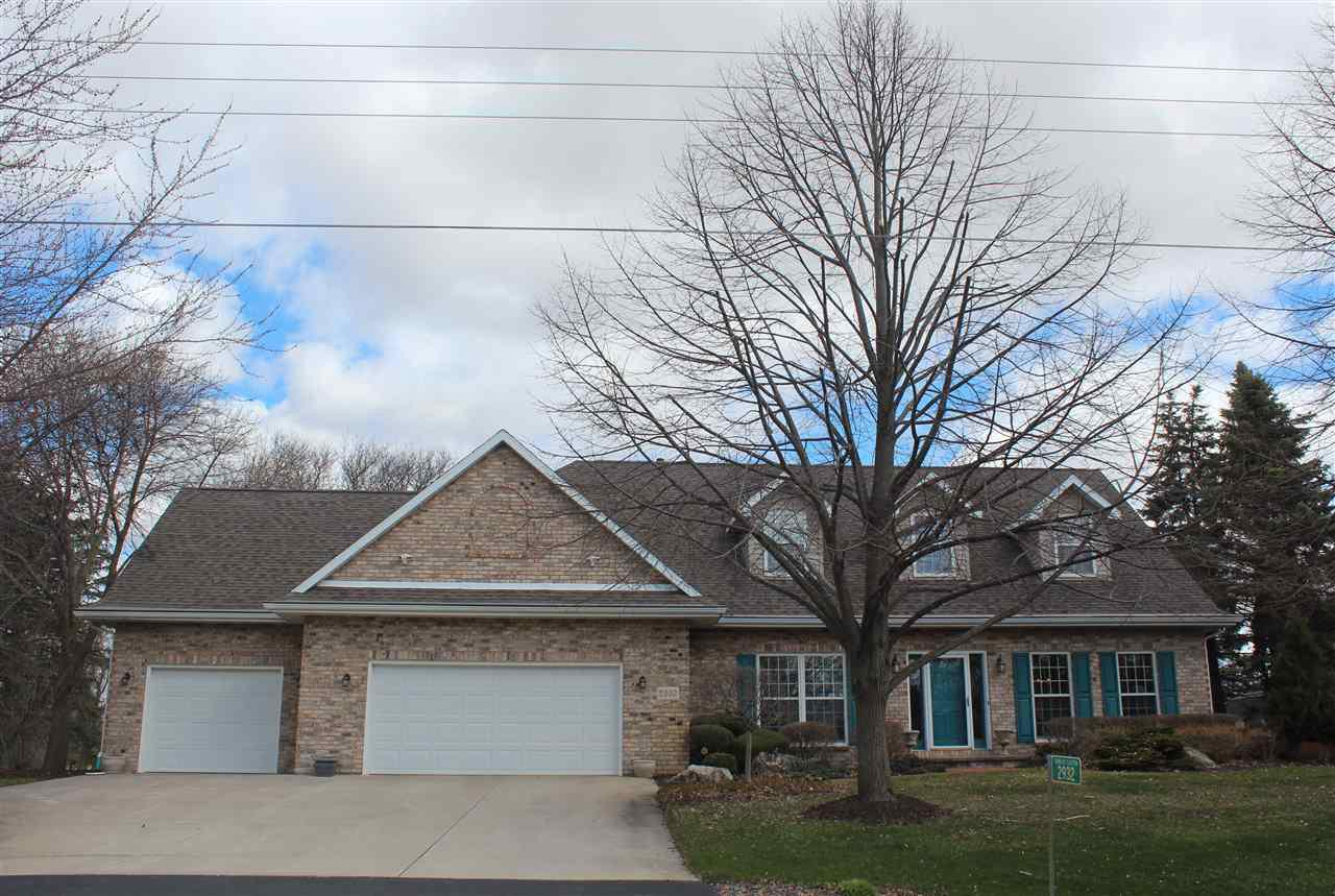 View Single-Family Home For Sale at 2932 RIDGEWAY DRIVE, Neenah, WI