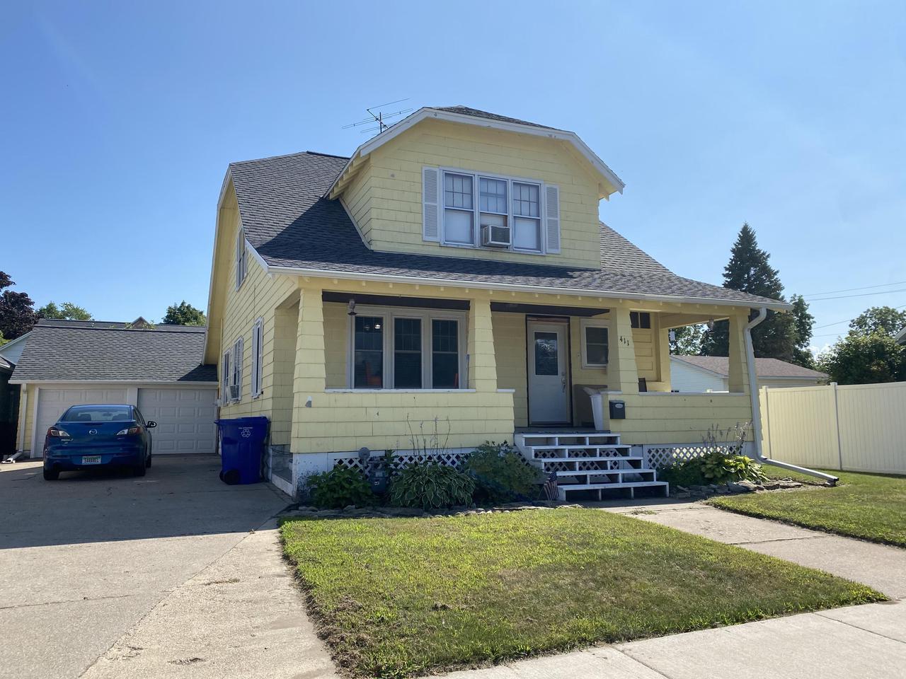 View Single-Family Home For Sale at 411 French St, Peshtigo, WI