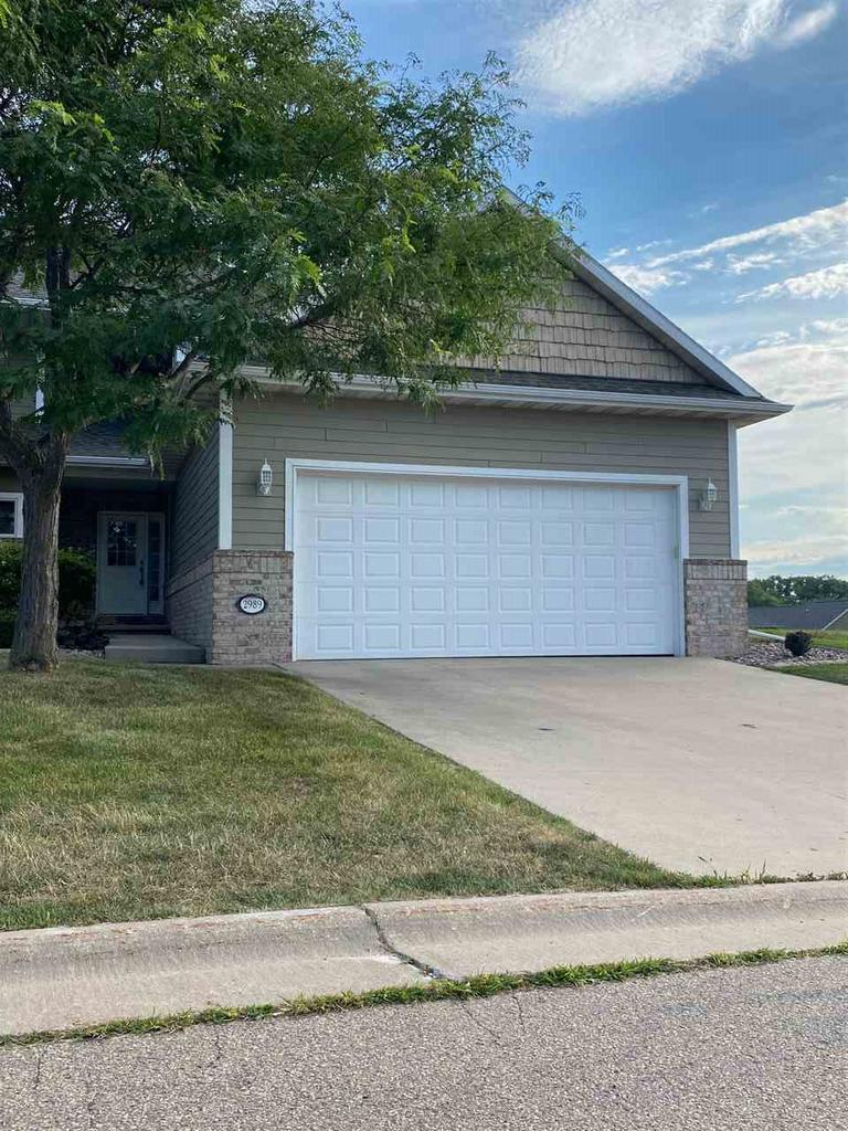 View Single-Family Home For Sale at 2989 GEORGETOWN PLACE, Menasha, WI