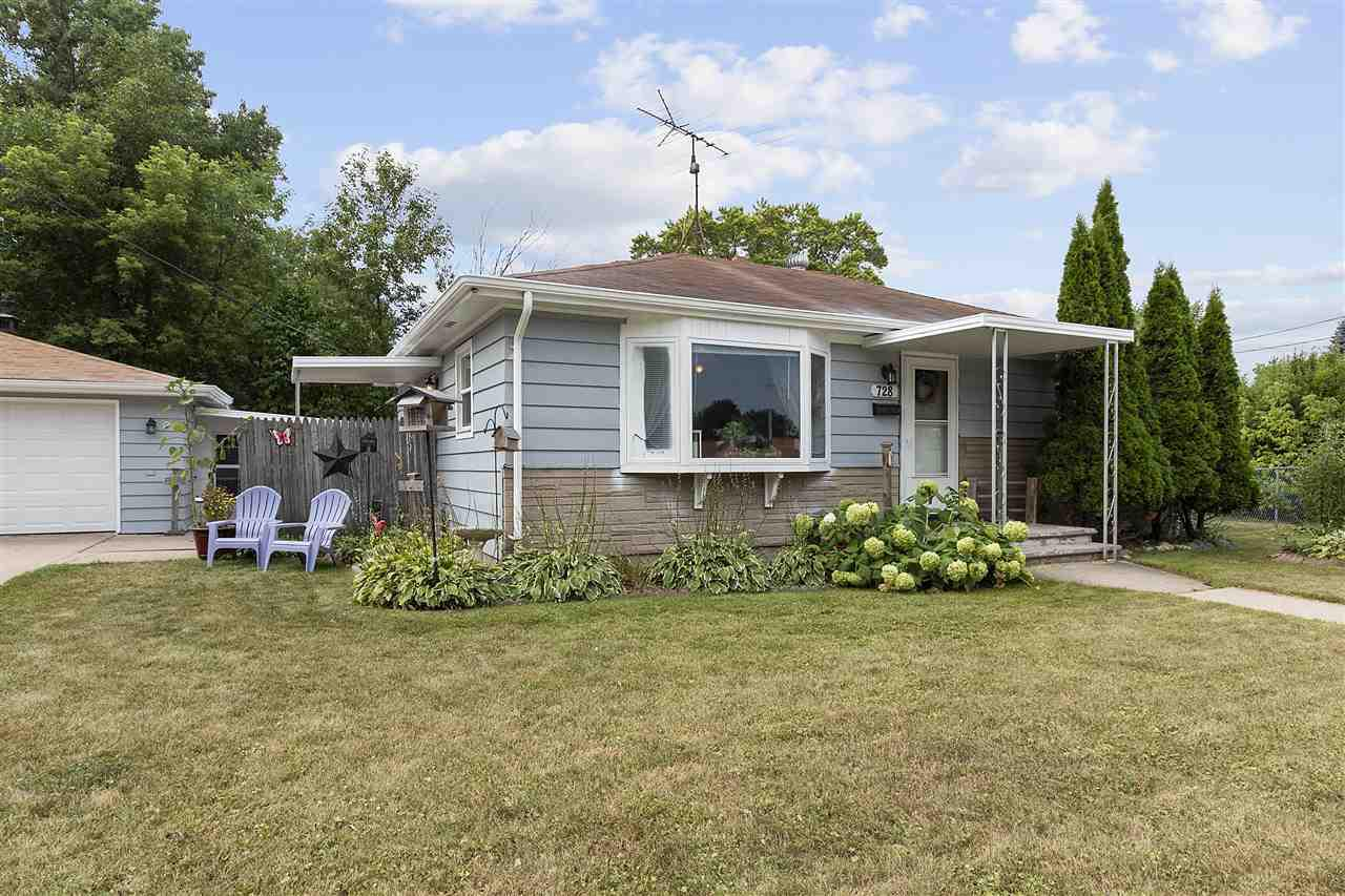 View Single-Family Home For Sale at 728 ADAMS STREET, Neenah, WI