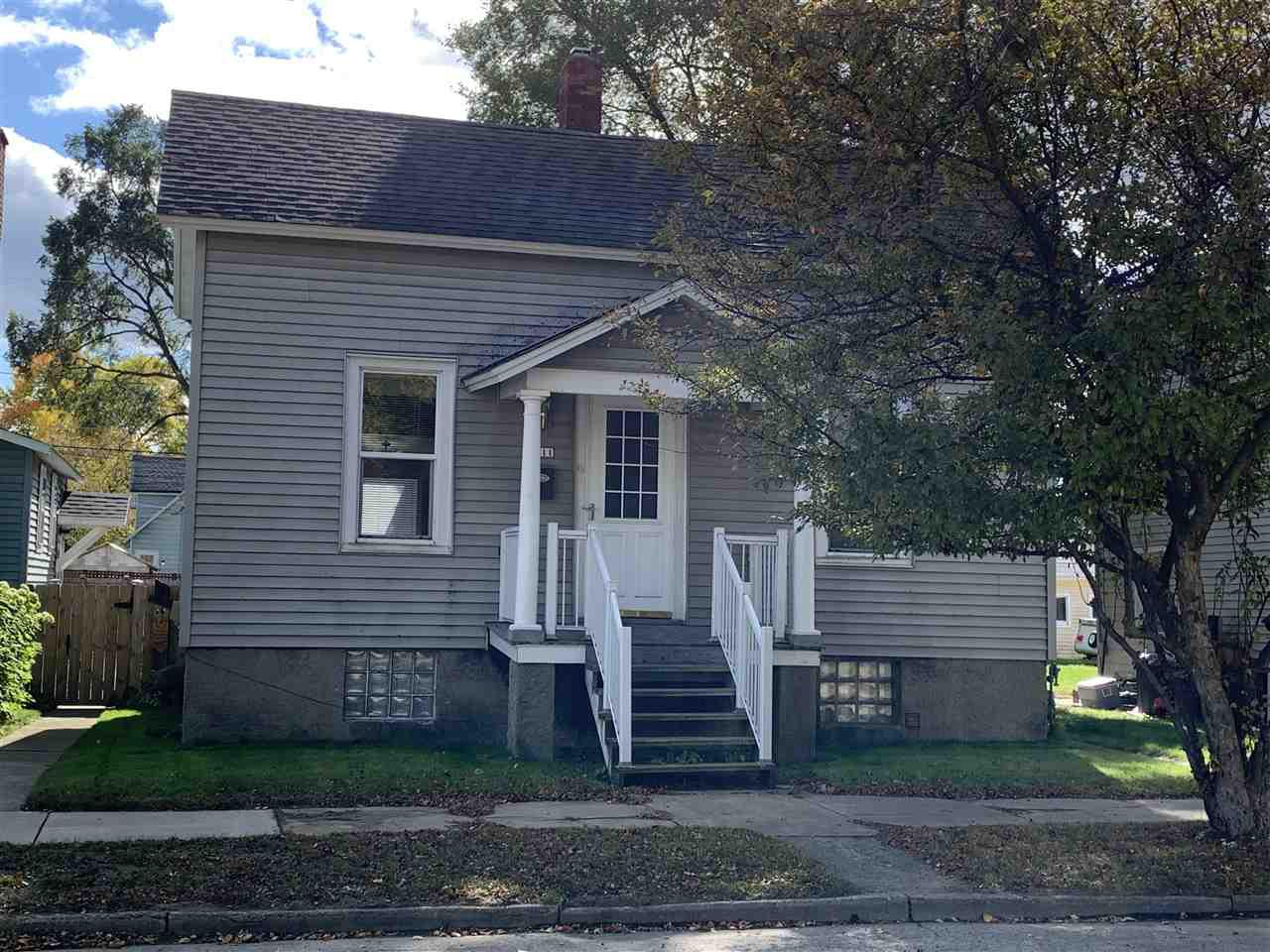 View Single-Family Home For Sale at 1411 25TH AVENUE, Menominee, MI