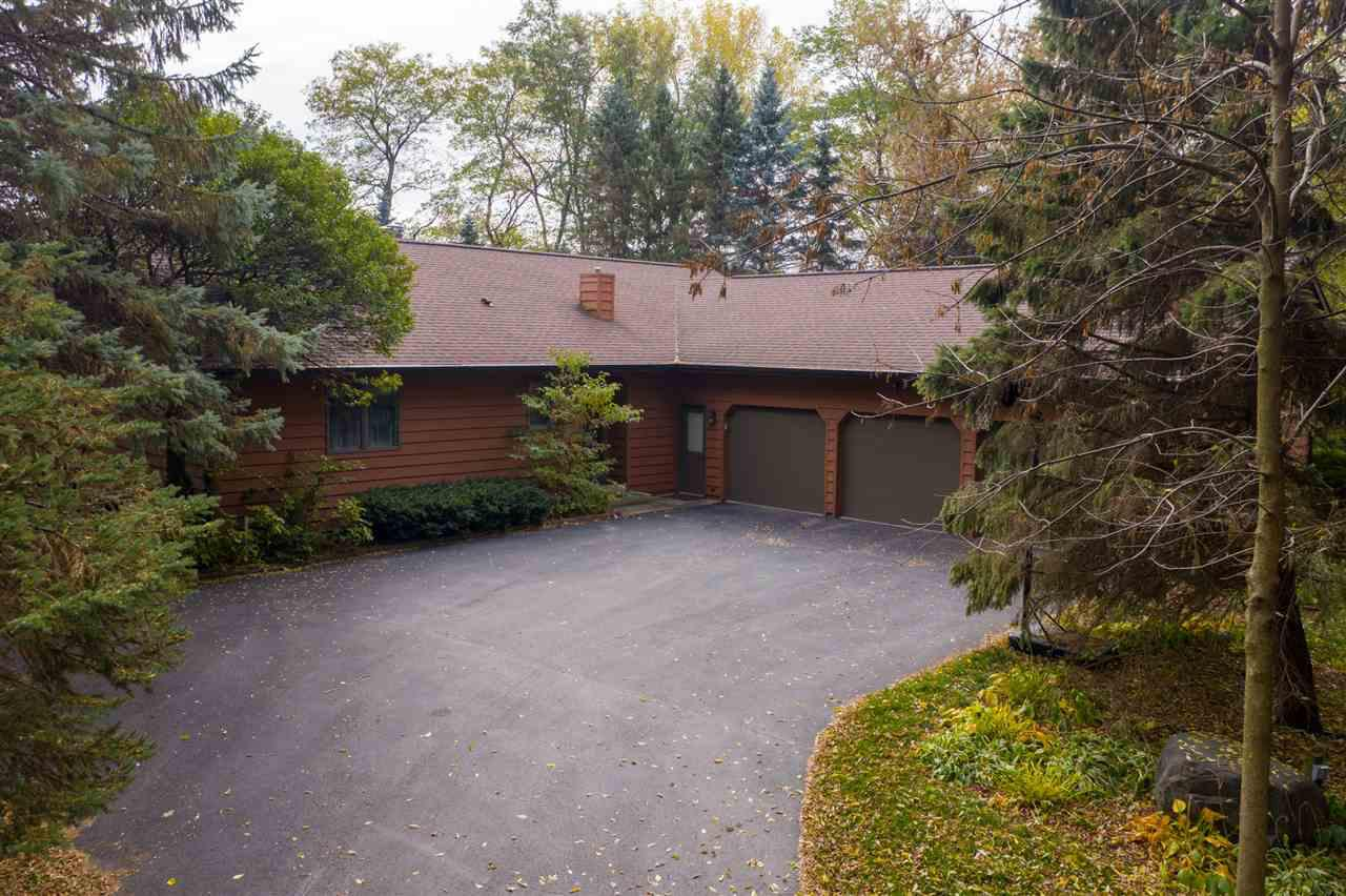 View Single-Family Home For Sale at 5081 VALLEY HEIGHTS ROAD, Oshkosh, WI