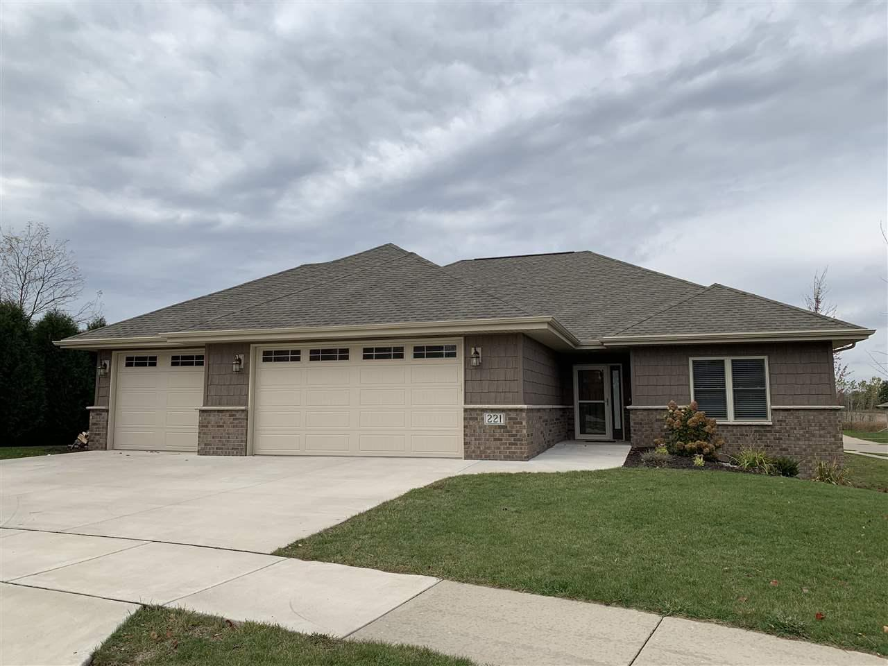 View Single-Family Home For Sale at 221 NEWTON LE COURT, Kaukauna, WI