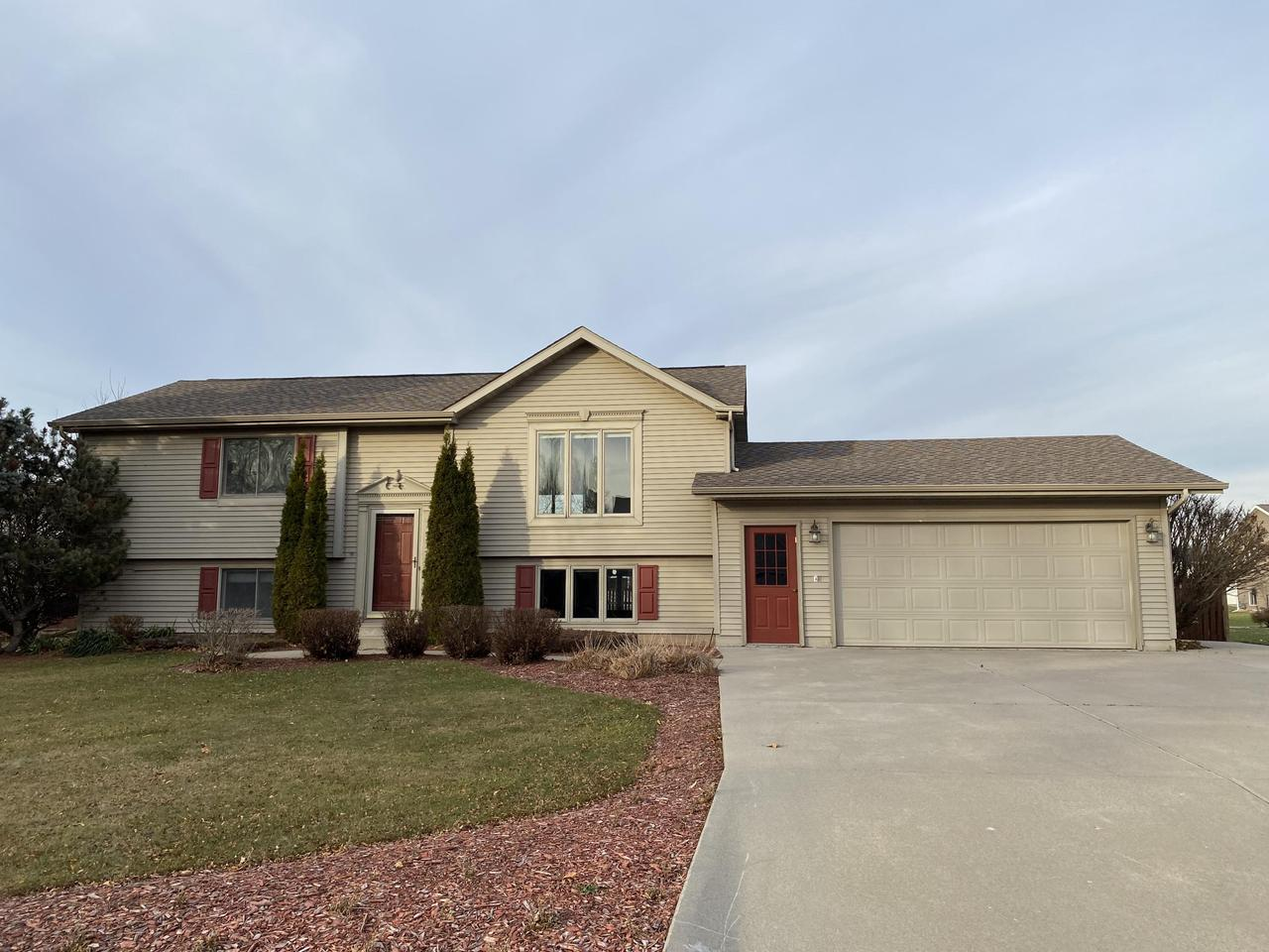 View Single-Family Home For Sale at 2012 24th Ave, MENOMINEE, MI