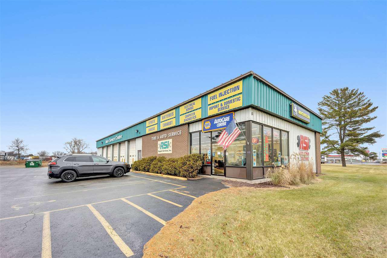 View Commercial For Sale at 2950 CLEVELAND AVENUE, Marinette, WI