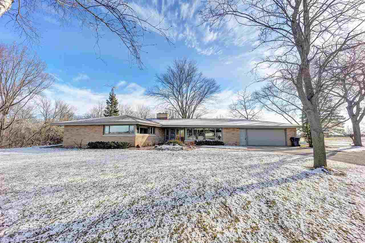 View Single-Family Home For Sale at N2452 HWY N, Appleton, WI