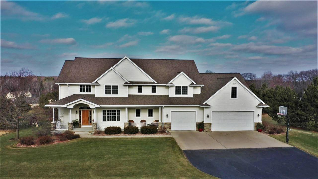 View Single-Family Home For Sale at 3241 GRAY HAWK TRAIL, Green Bay, WI