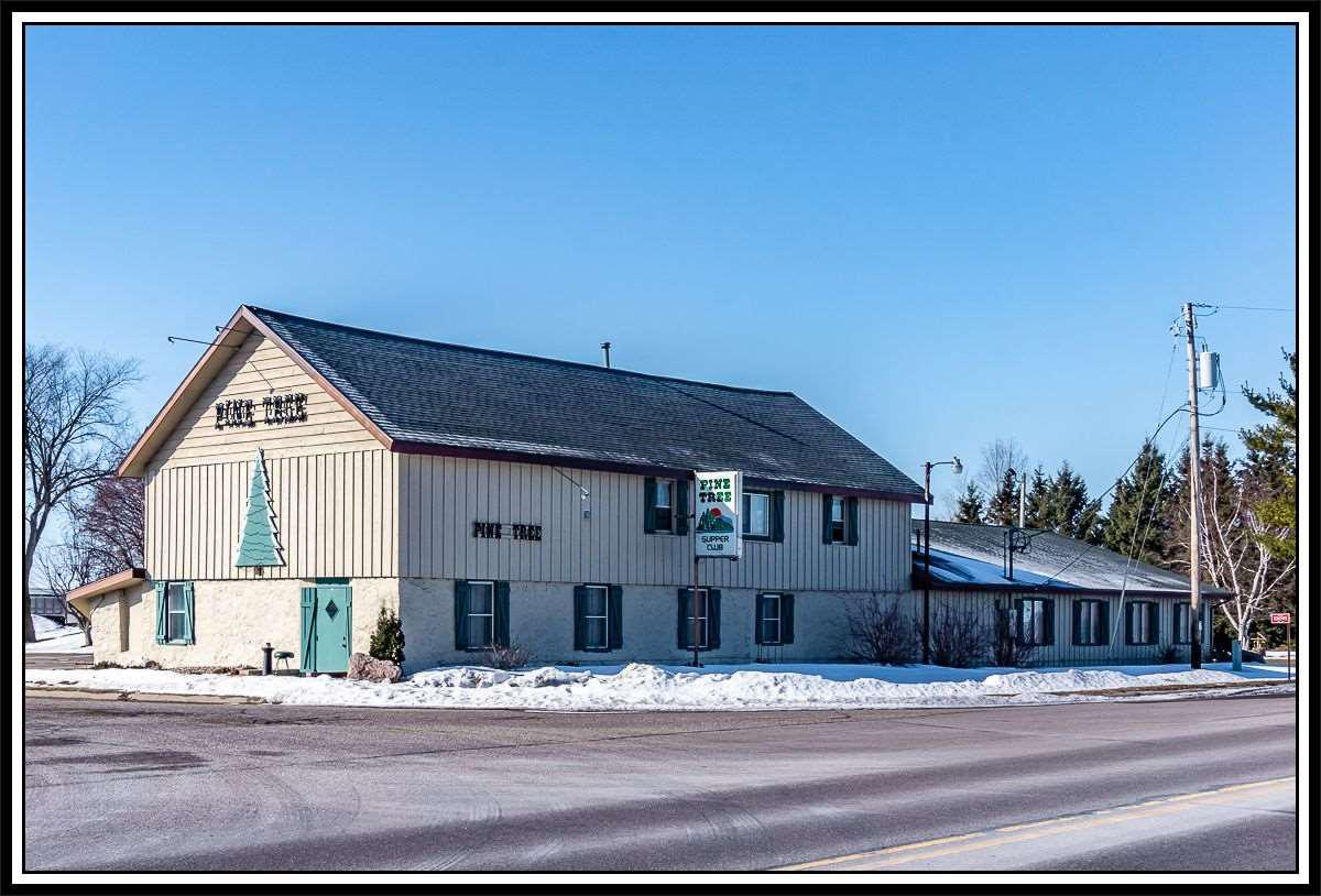 View Commercial For Sale at E8095 HWY 54, New London, WI