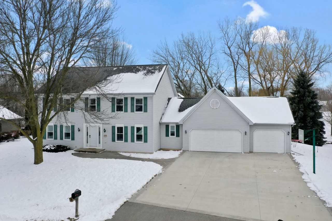 View Single-Family Home For Sale at W2983 FARMSTEAD DRIVE, Appleton, WI