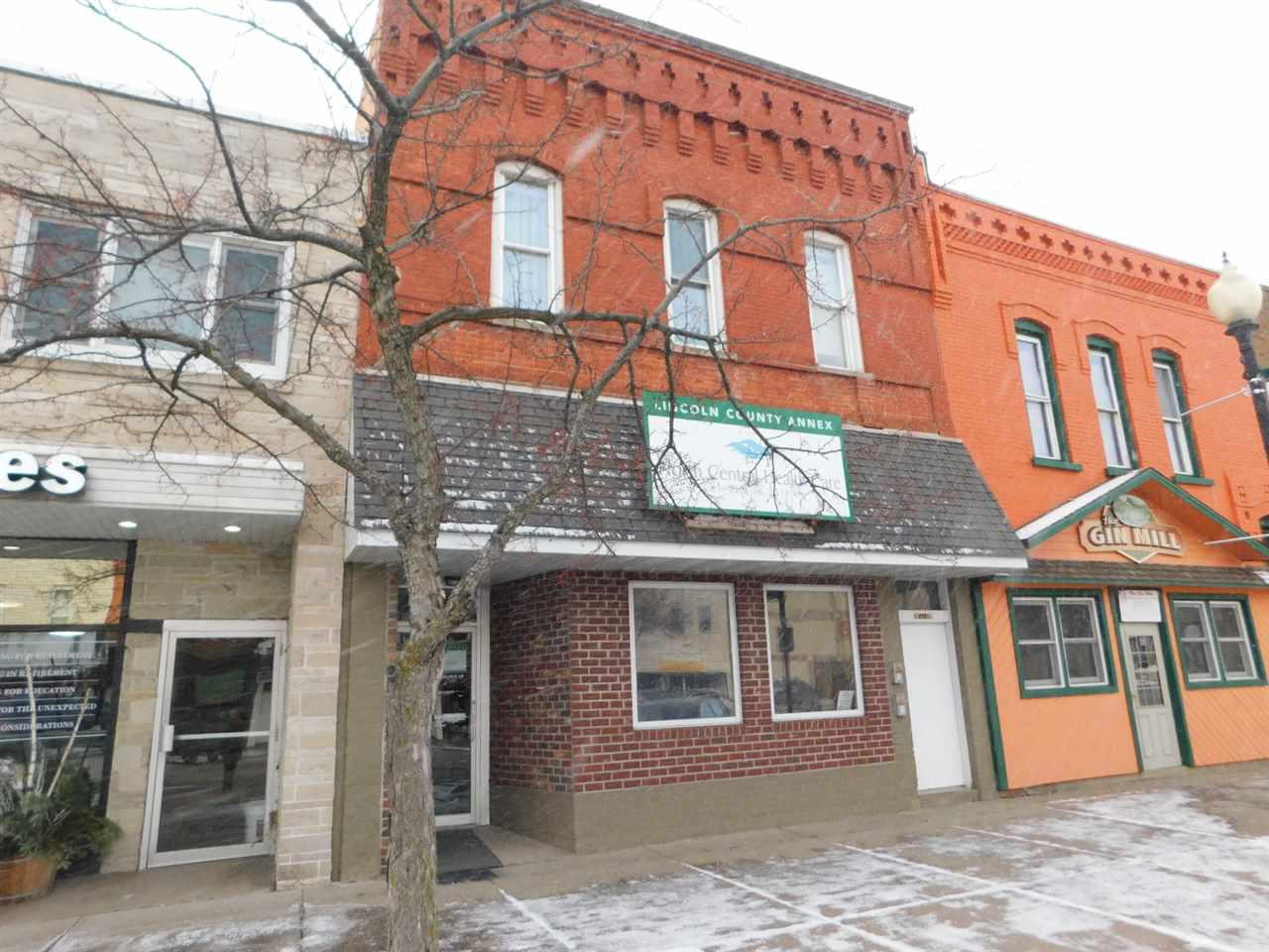 View Commercial For Sale at 213 W WISCONSIN AVENUE, Tomahawk, WI