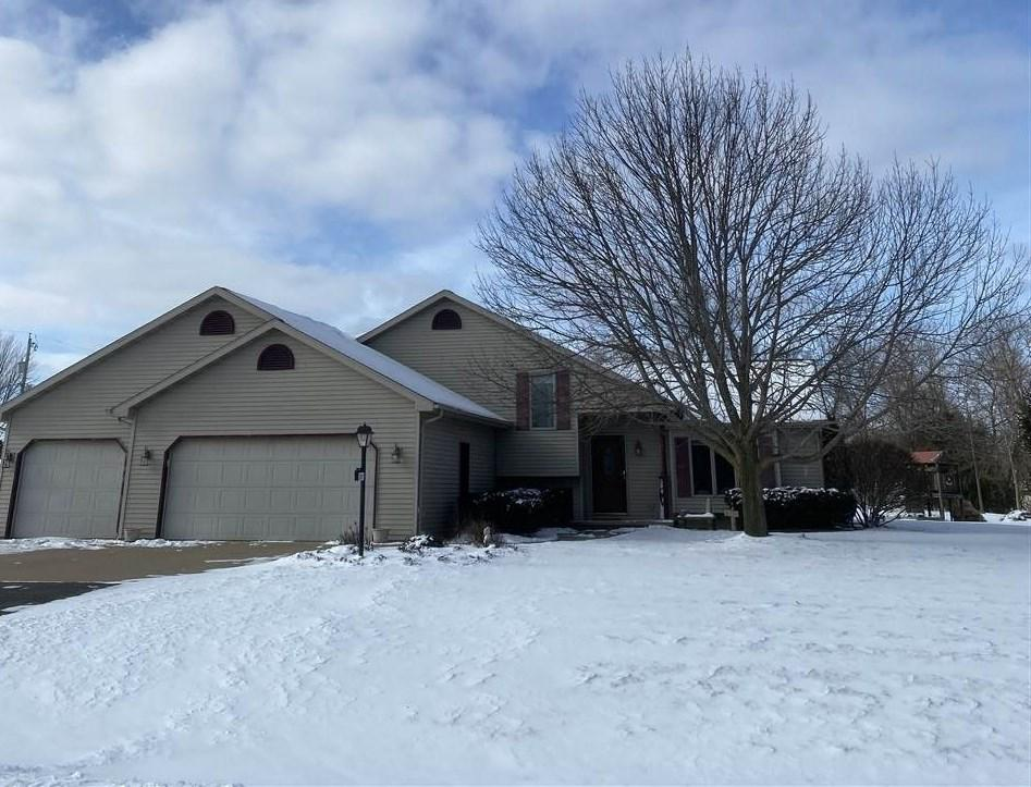 View Single-Family Home For Sale at N247 HOPFENSPERGER ROAD, Appleton, WI