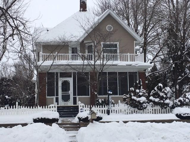 View Single-Family Home For Sale at 213 E Pearl St, Belleville, WI