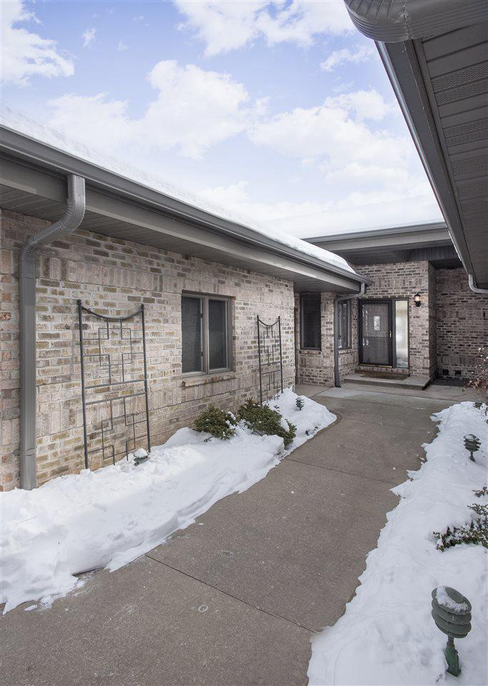 View Condo For Sale at 2805 FOX RUN, Appleton, WI