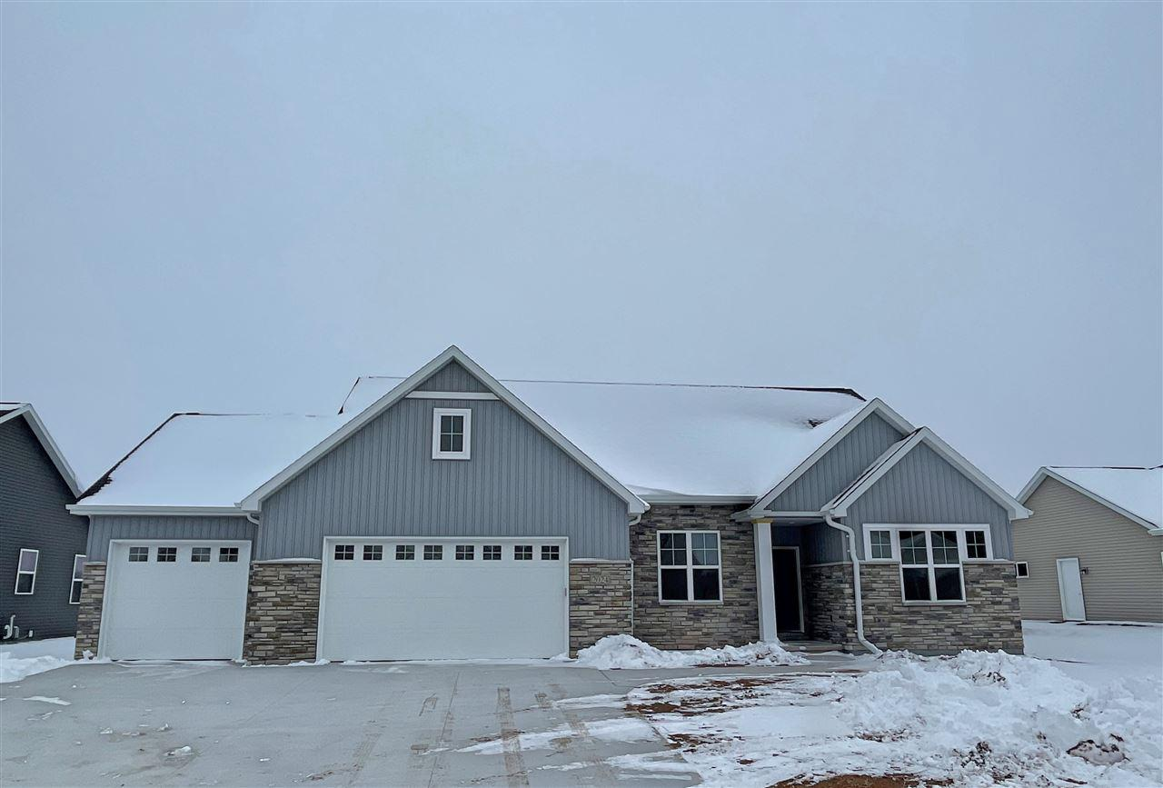 View Single-Family Home For Sale at 2024 BIG BEND DRIVE, Neenah, WI