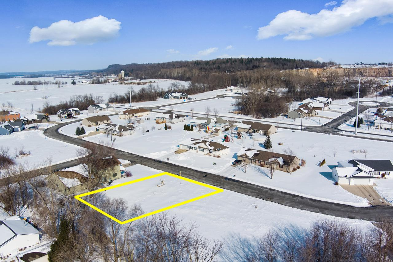 View Vacant Land For Sale at 6762 Cascade Dr, Greenleaf, WI