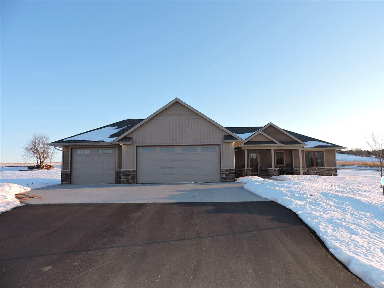 View Single-Family Home For Sale at W7535 CROSS COUNTRY LANE, Hortonville, WI
