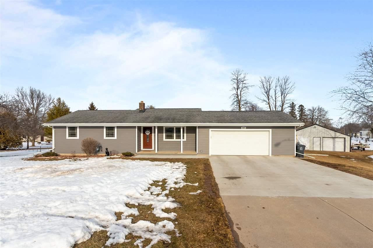 View Single-Family Home For Sale at 407 VANDERLOOP COURT, Kaukauna, WI