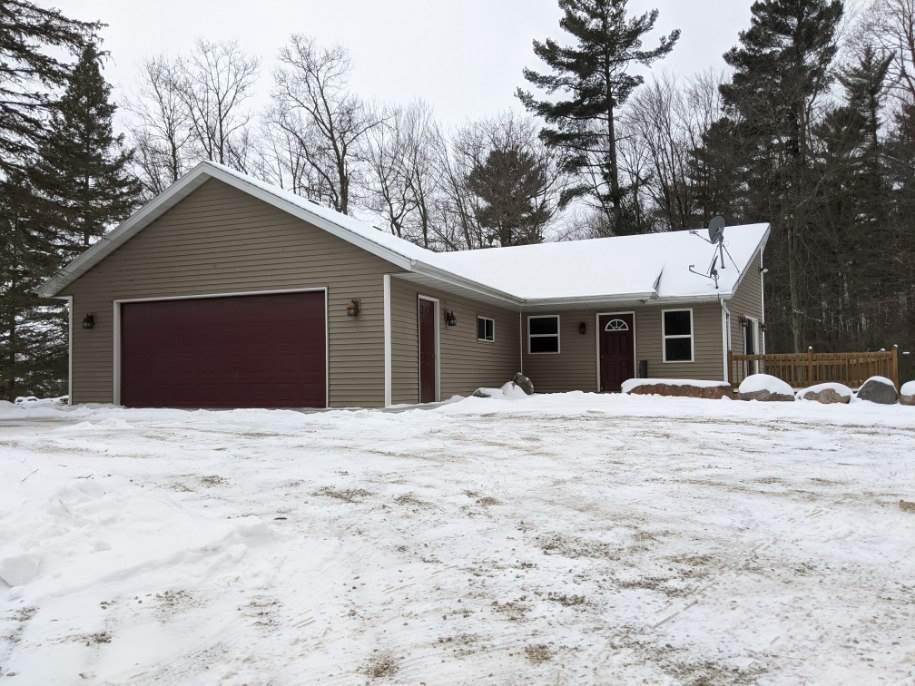 View Single-Family Home For Sale at W10784 SHAKY LAKE ROAD, Hortonville, WI