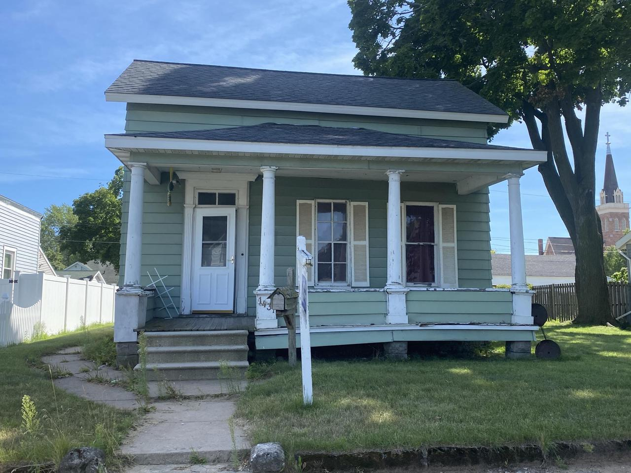 View Single-Family Home For Sale at 1437 Sherman St, Marinette, WI