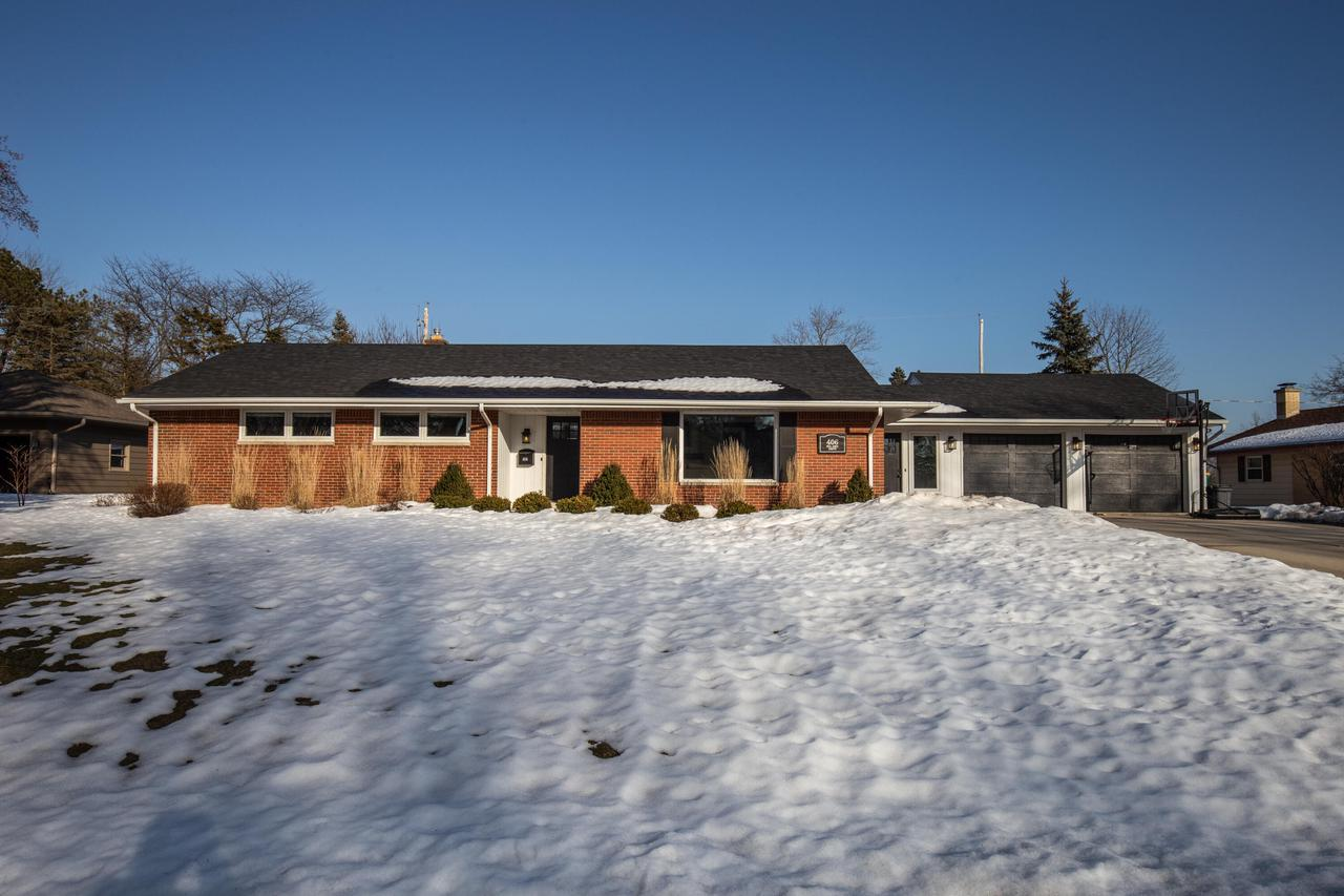 View Single-Family Home For Sale at 406 Bel Aire Dr, Thiensville, WI