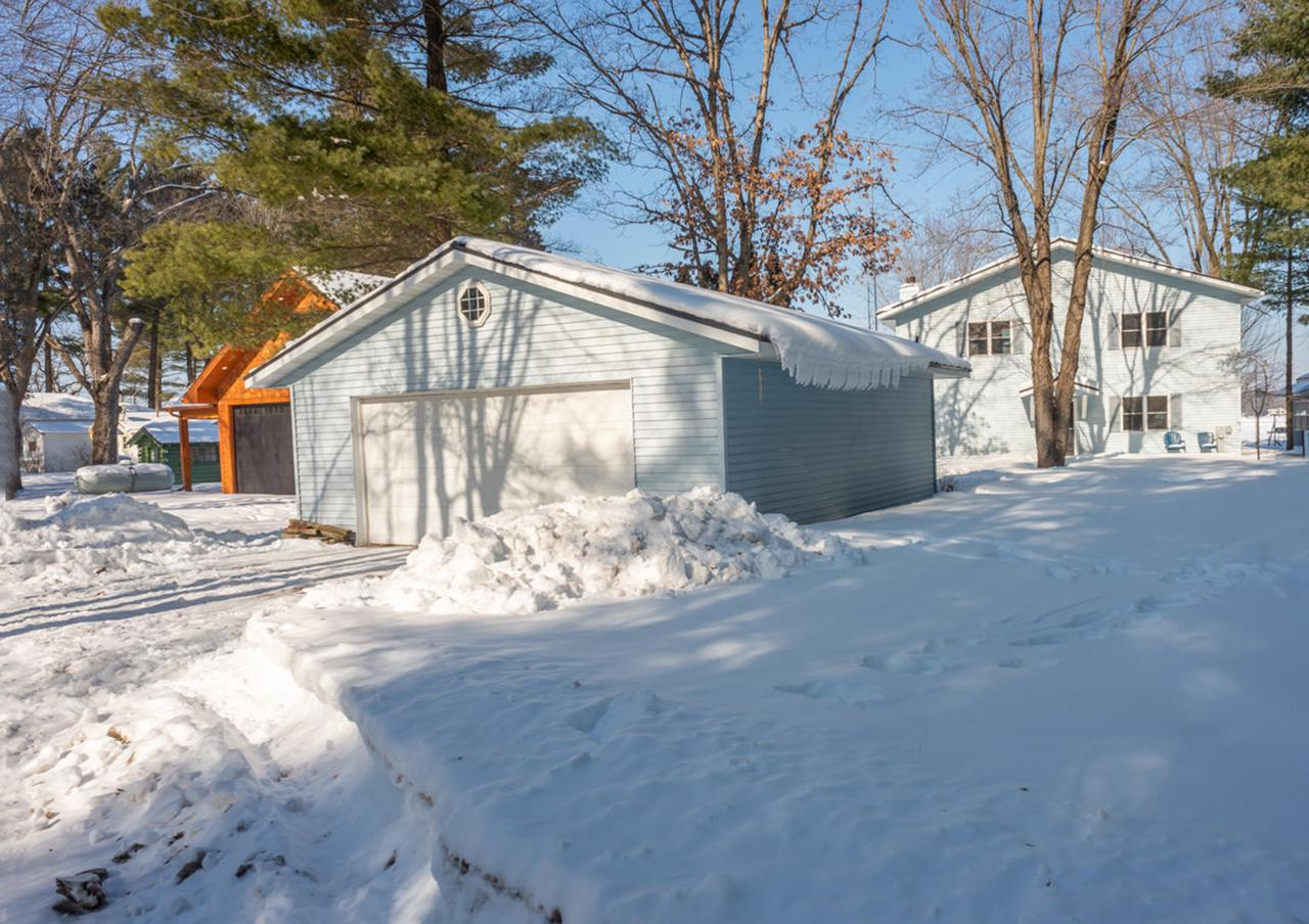View Single-Family Home For Sale at W2706 S Tuttle Lake Rd, Neshkoro, WI