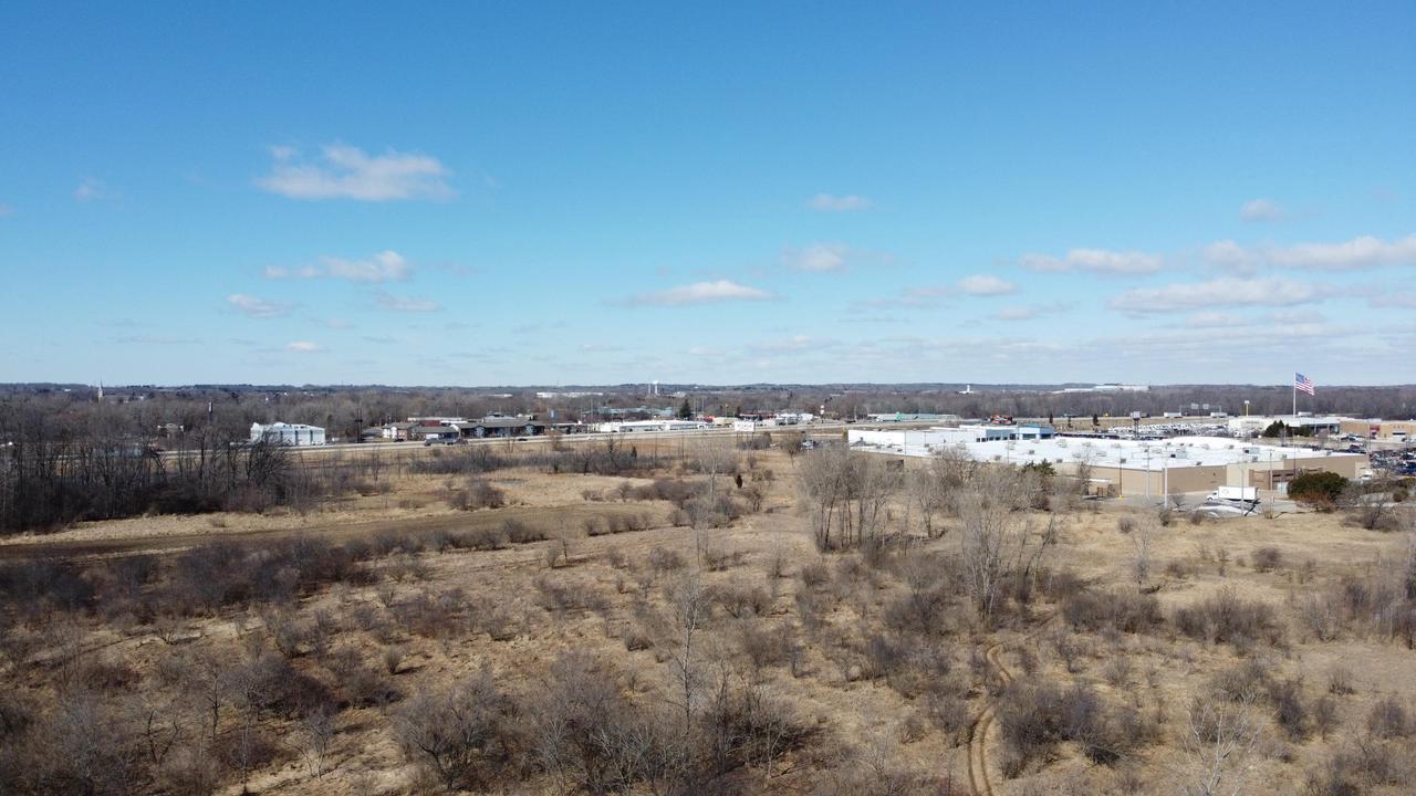 View Vacant Land For Sale at Lt1 Market St, Saukville, WI