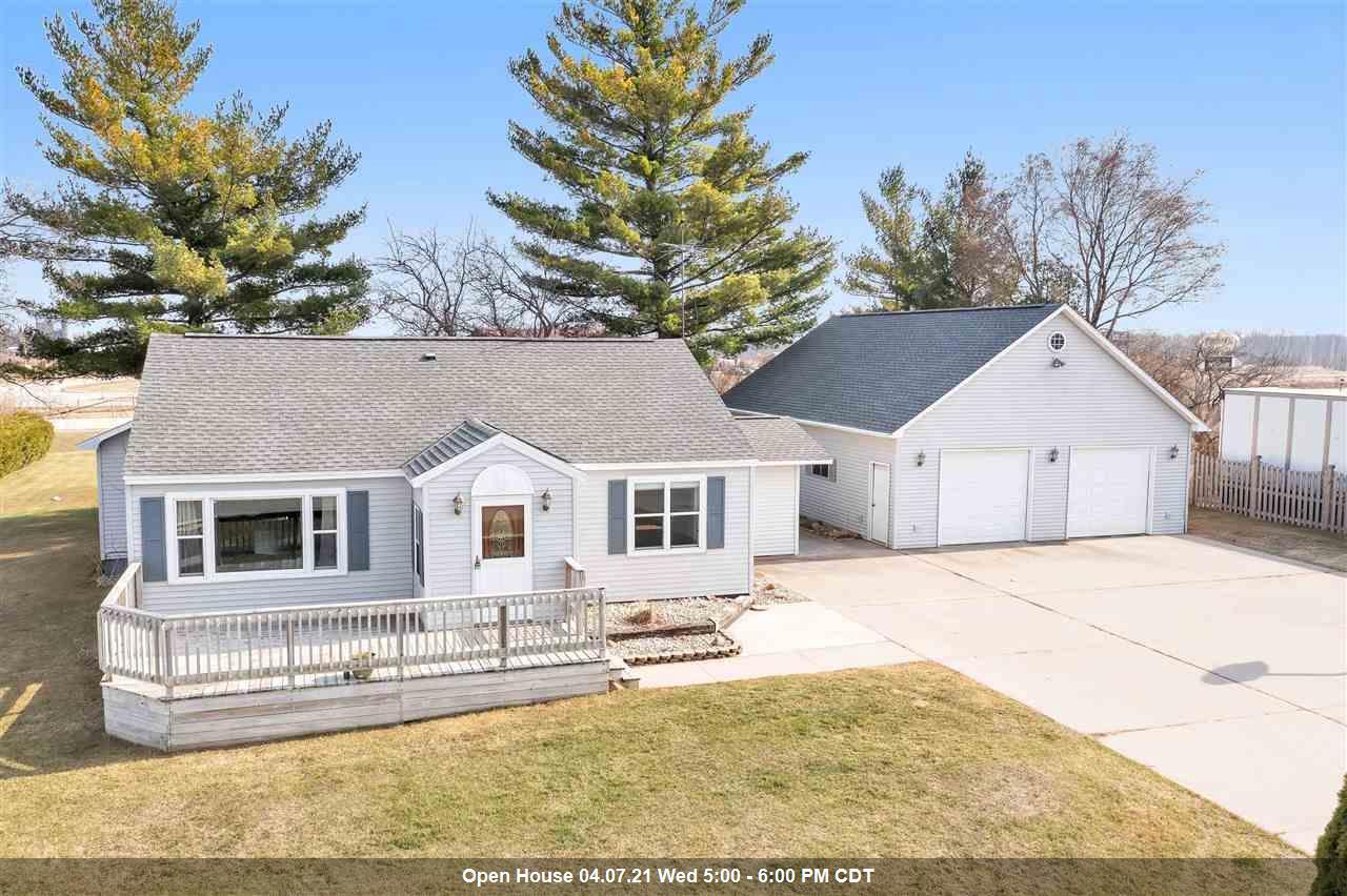 View Single-Family Home For Sale at W4331 STIBBE LANE, Peshtigo, WI