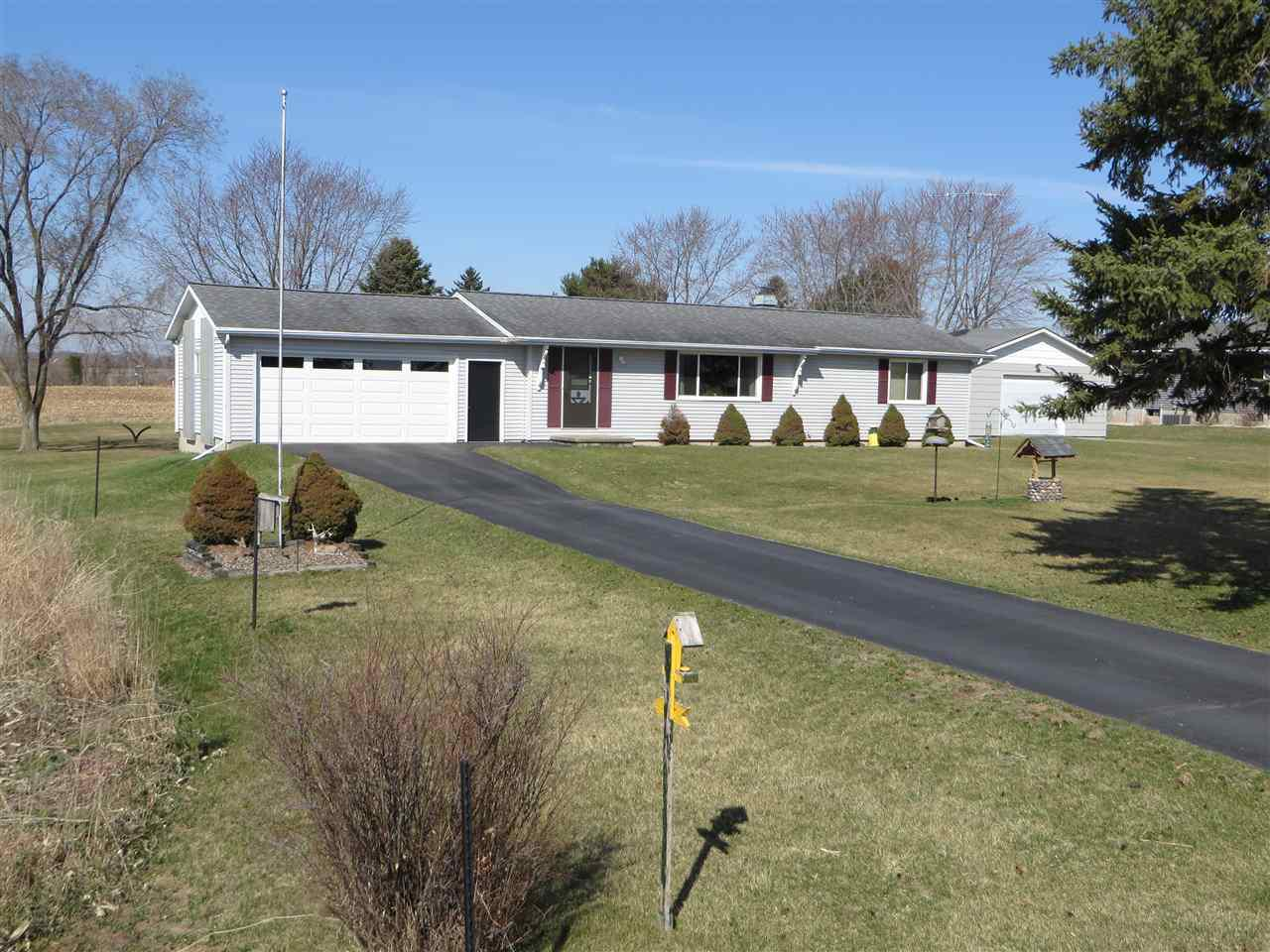 View Single-Family Home For Sale at N8453 River Road, Berlin, WI
