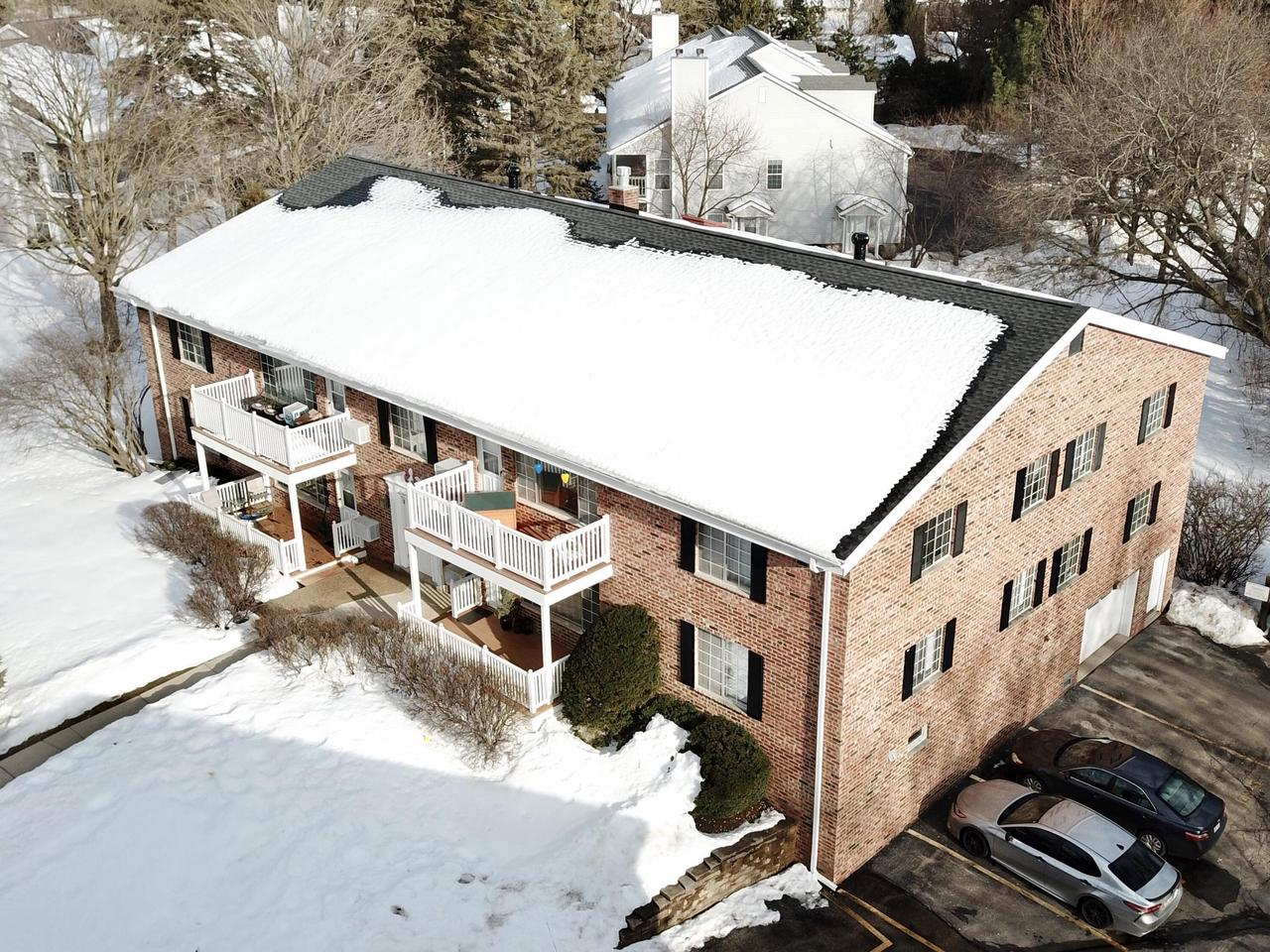 View Condo For Sale at 149 Linden Ln #3, Thiensville, WI