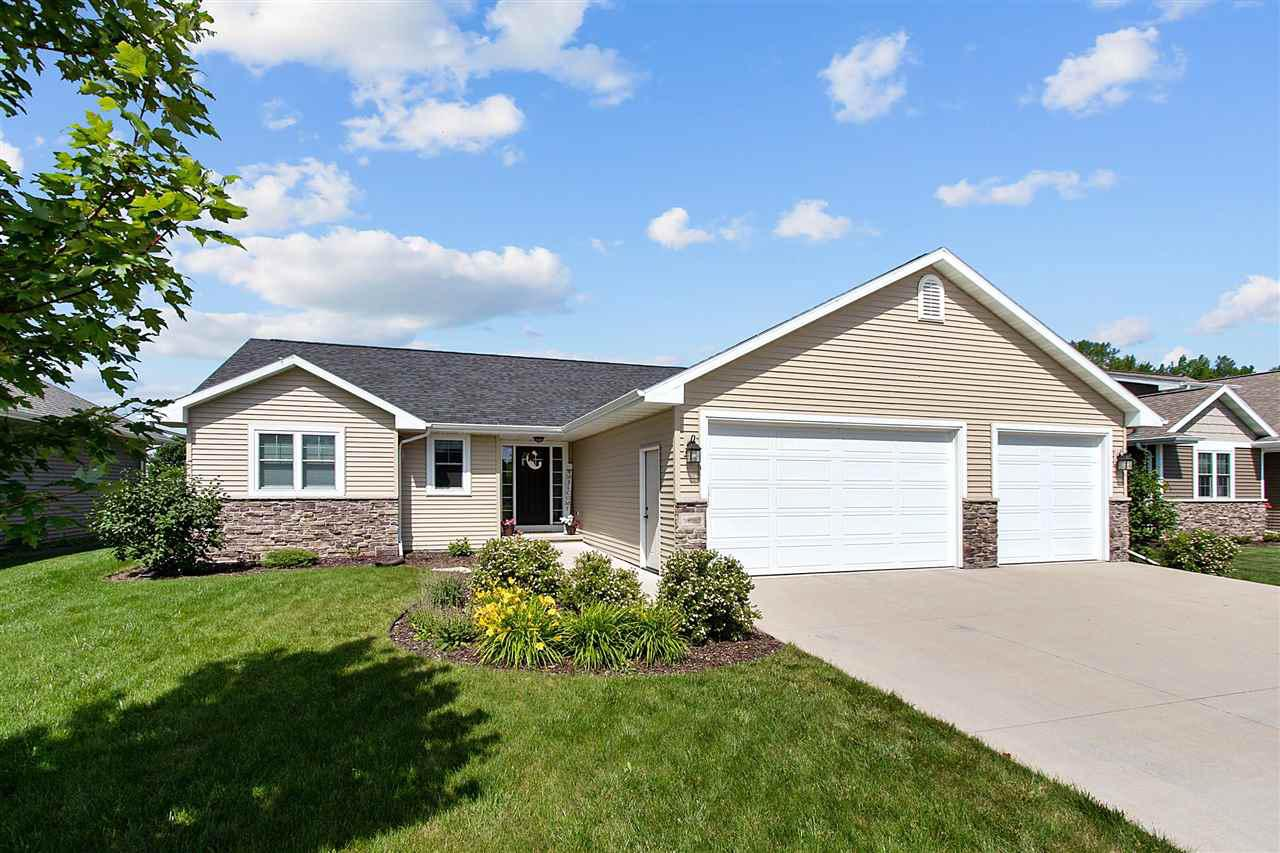 View Single-Family Home For Sale at N8983 SPRING VALLEY ROAD, Menasha, WI