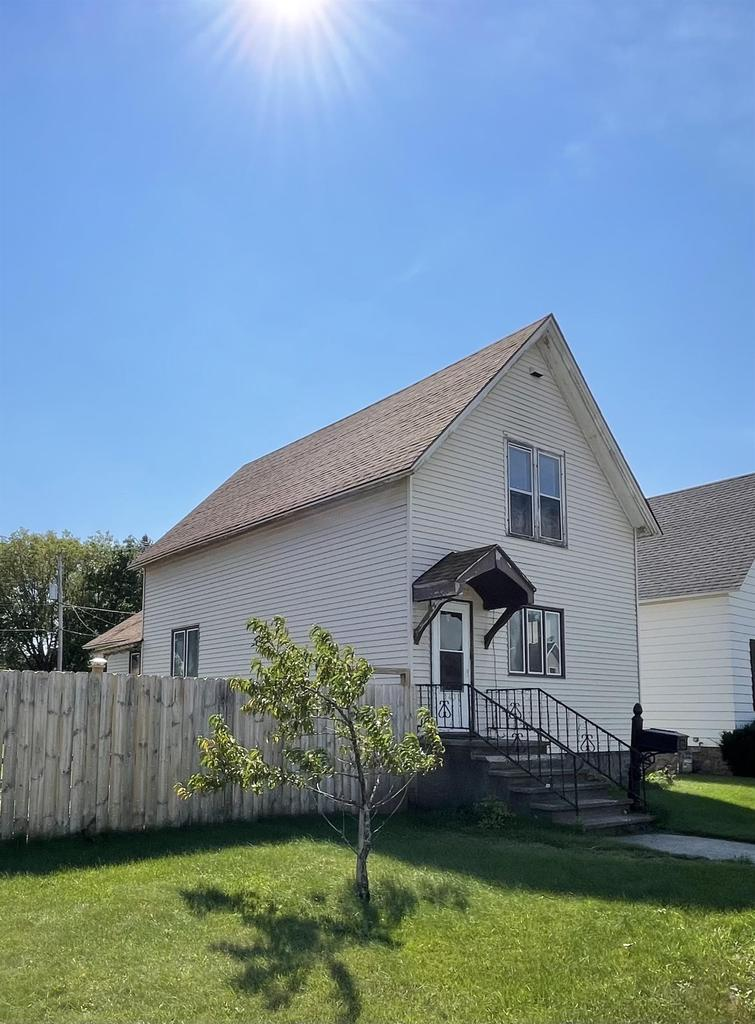 View Single-Family Home For Sale at 1431 GARFIELD AVENUE, Marinette, WI