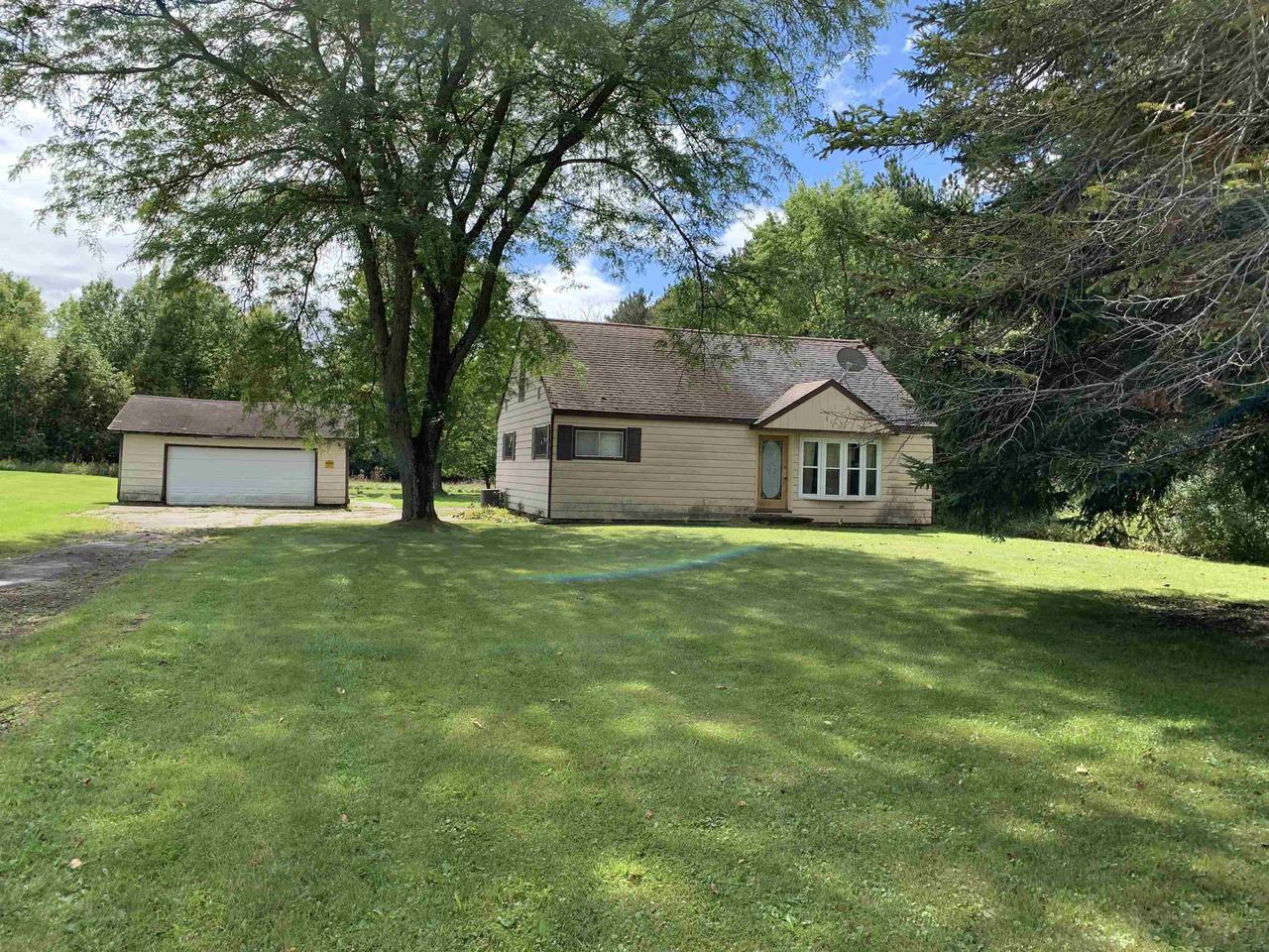 View Single-Family Home For Sale at W4003 GRASSER ROAD, Marinette, WI