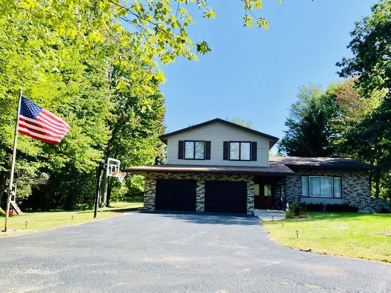 View Single-Family Home For Sale at N3724 CLEVELAND AVENUE, Marinette, WI