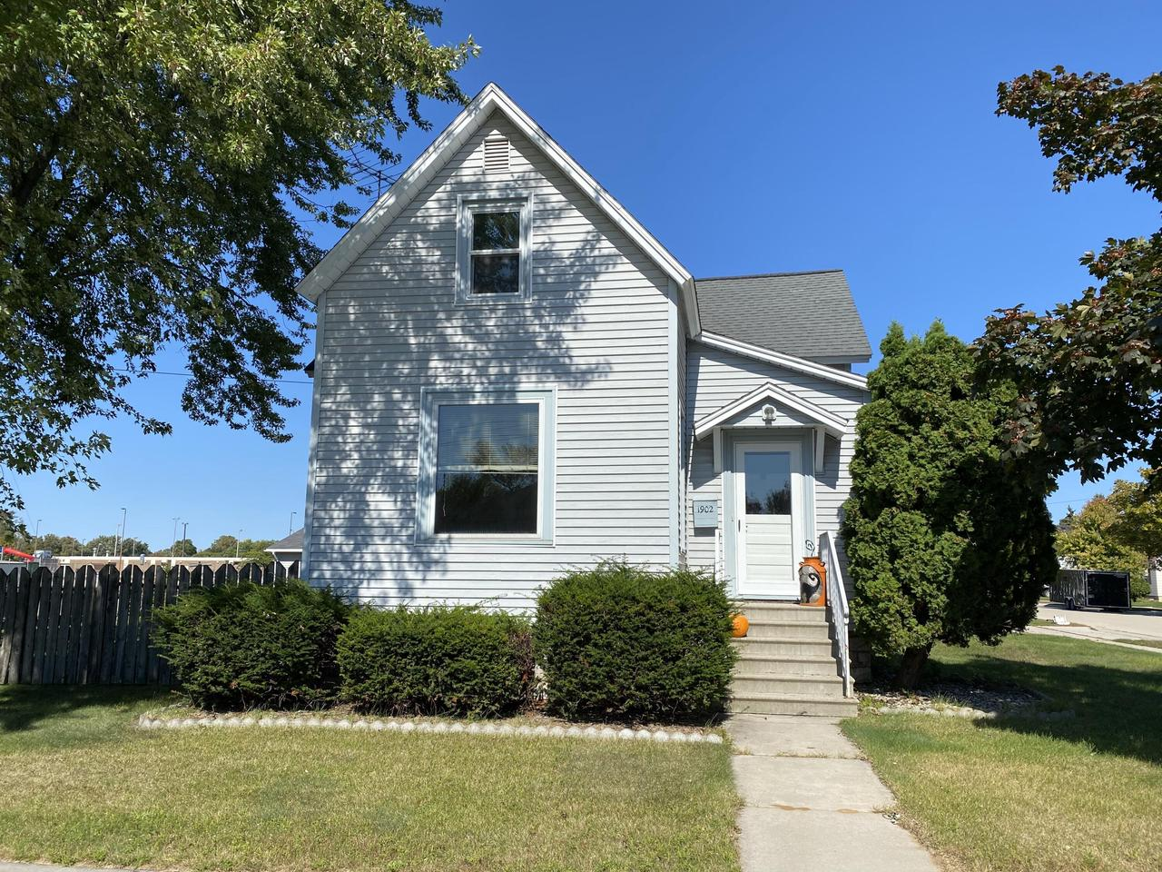 View Single-Family Home For Sale at 1902 Mary St., Marinette, WI