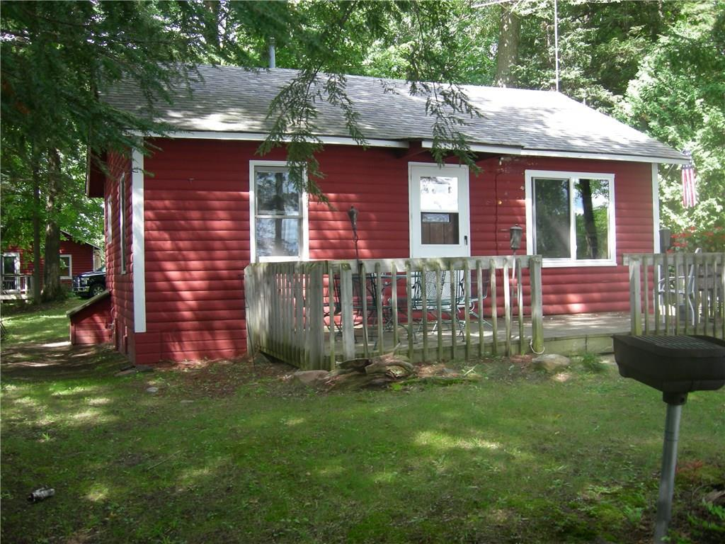 This classic and affordable 1950's lake cabin is located on a beautifully wooded Lake Namakagon lot.  Swim, fish, boat, ATV or just kick back and sit at the fire pit, and let your stress fade away.  Exceptional location for enjoying all the attributes of the Lake Namakagon area.