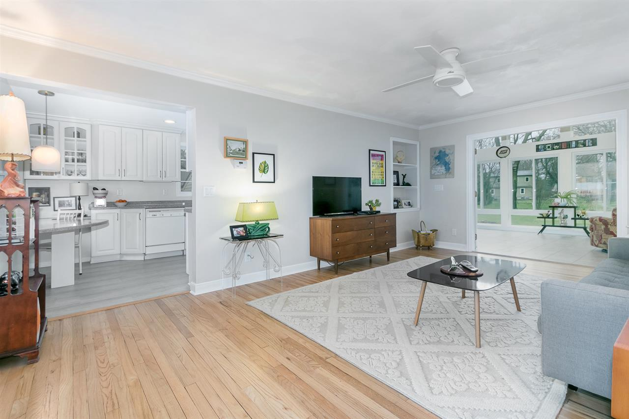 402 W Lakeview Ave AVENUE, MADISON, WI 53716