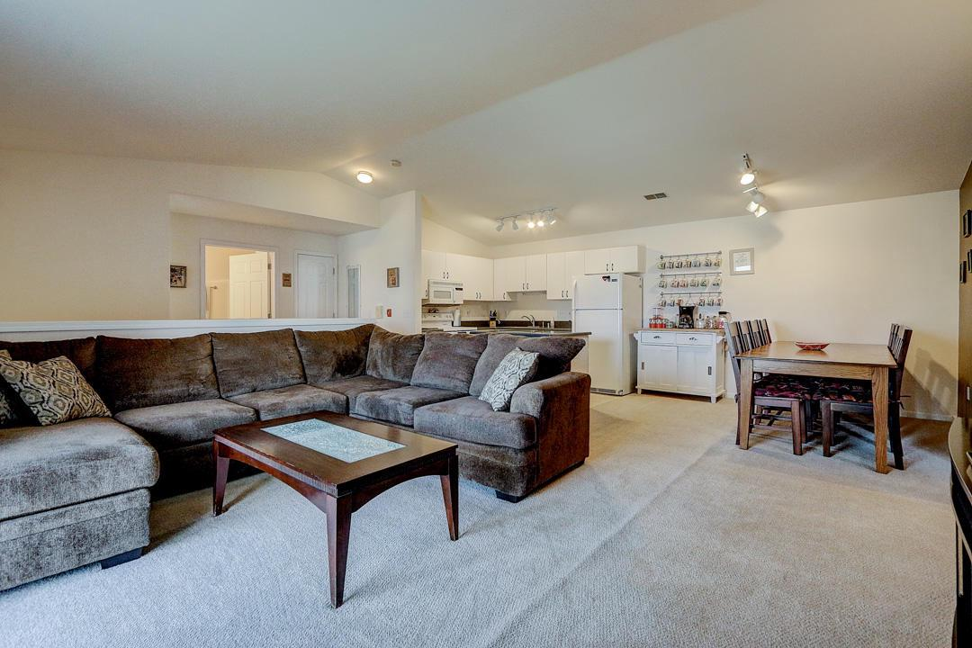 1243 N Sunnyslope Dr DRIVE 204, MOUNT PLEASANT, WI 53406